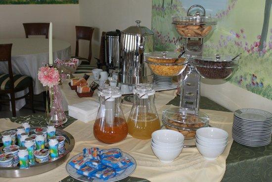 Hotel Liternum: Prima colazione/Breakfast Buffet