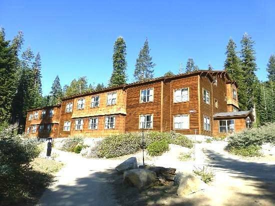 Wuksachi Lodge~Sequoia Bldg