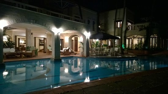 The Maji Beach Boutique Hotel: Garden area and pool