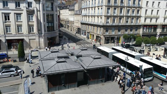 Angelina Hotel: Rennes city center (view from room)
