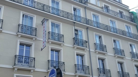 Angelina Hotel: Room 306 is next to the Angelina sign