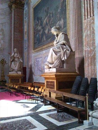 Basilica di Santa Maria degli Angeli e dei Martiri : Interno Basilica S. Maria degli Angeli e dei Martiri