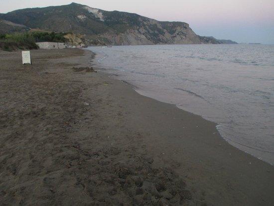 Carreta Beach Holiday Village: kalamaki strand