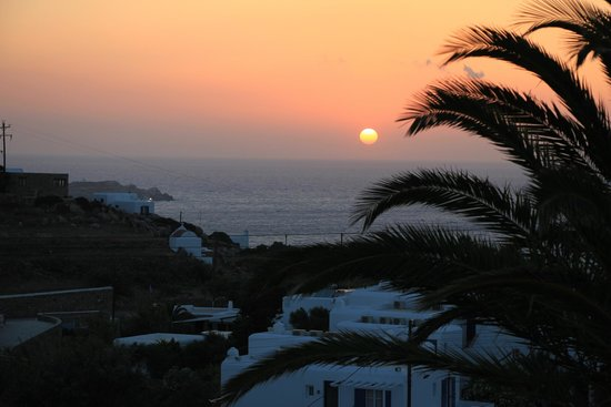 Andronikos Hotel Mykonos: Sunset from our room