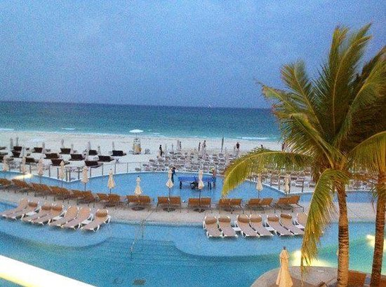 Playacar Palace: cielo terrace view
