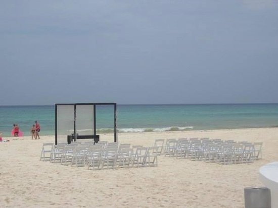 Playacar Palace: our wedding set up!