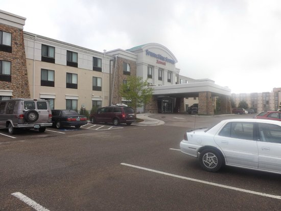 SpringHill Suites Cheyenne: view from the car park