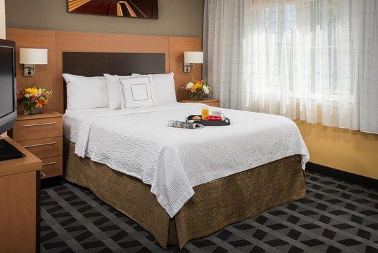 TownePlace Suites Bend Near Mt. Bachelor: Queen Studio