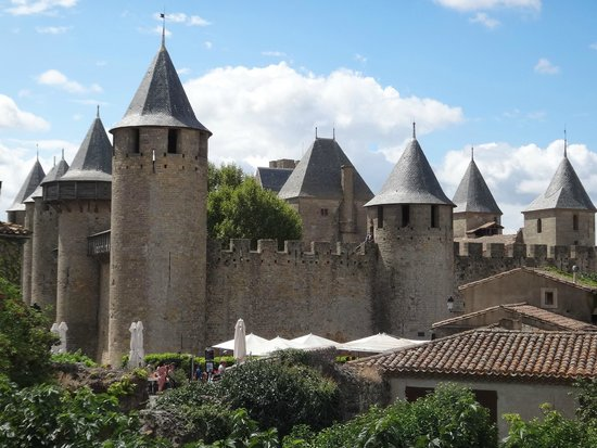 Cathar Castles: Каркассон