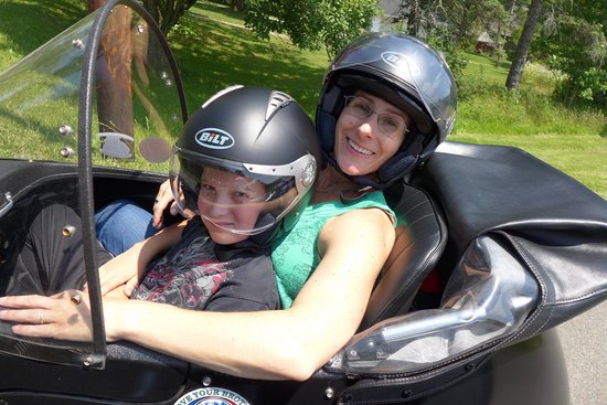 Jim Thorpe Sidecar Tourz: enough room for the both of us - although I rode most of the time on the back of the bike