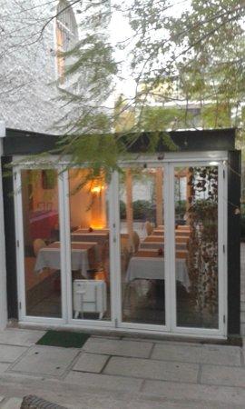 Meridiano Sur, Petit Hotel: Varanda café da manhã
