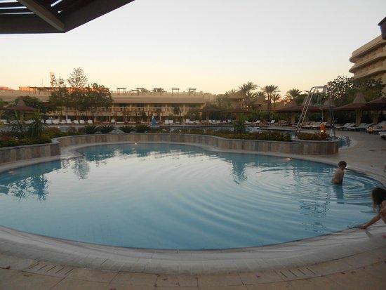 Sindbad Aqua Hotel & Spa : малый бассеин