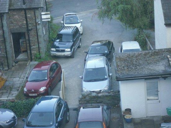 The Churchill Inn: the overflow pakring