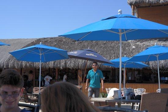 Playa Los Cerritos : comida