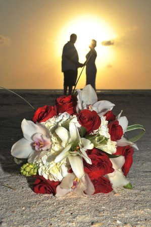 Manchebo Beach Resort & Spa: Wedding vows 2