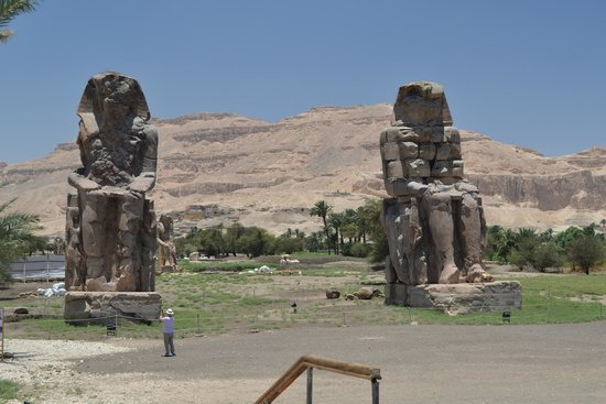 Colossi of Memnon: Wow!!
