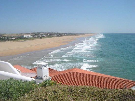 Le Mirage: Playa privada