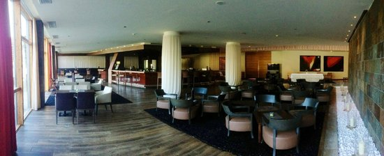 Falkensteiner Hotel & Spa Carinzia: Bar interno