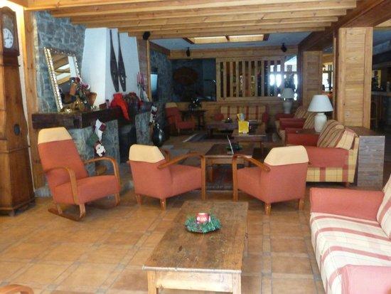 Hotel Bonavida: coin salon