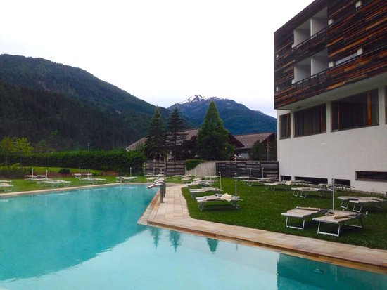 Falkensteiner Hotel & Spa Carinzia: Piscina esterna