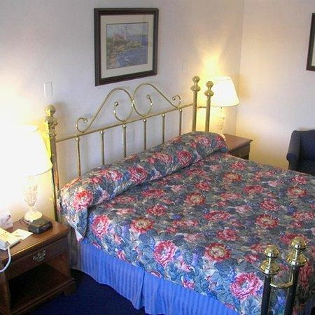 Fort Knox Inn: NRFKIBPFort Knox Park Inn Room