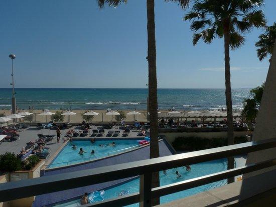 Aparthotel Fontanellas Playa: vue depuis la chambre