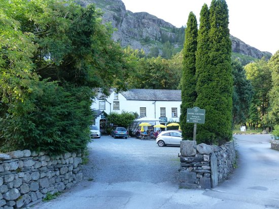 The Old Dungeon Ghyll Hotel: The ODG beneath Raven Crag