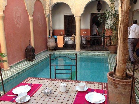 Riad Itrane : Piscine