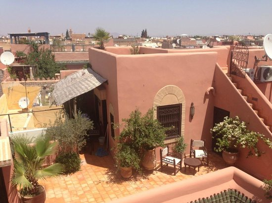 Riad Itrane: Les terrasses