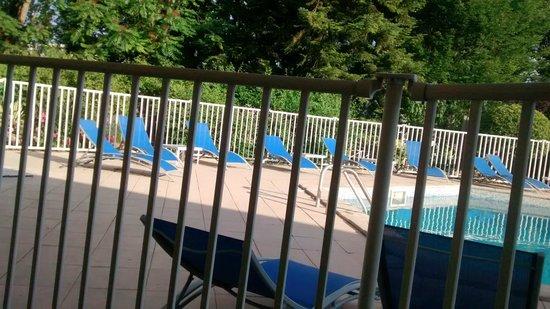 Mercure Beaune Centre: vue piscine