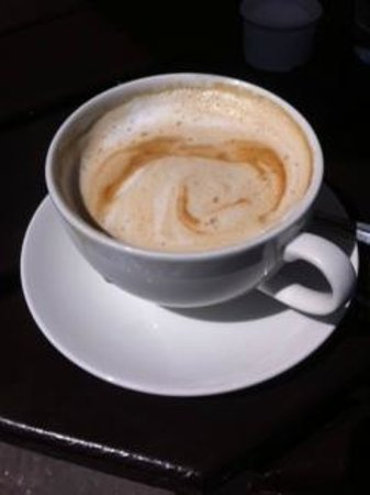 The Red Lion: Great decaf latte