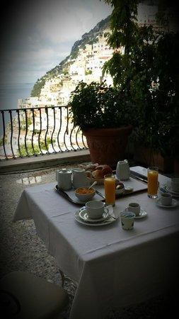 Villa Rosa: Petit déjeuner