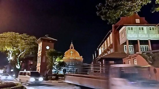 Christ Church: Malaka church at night!!