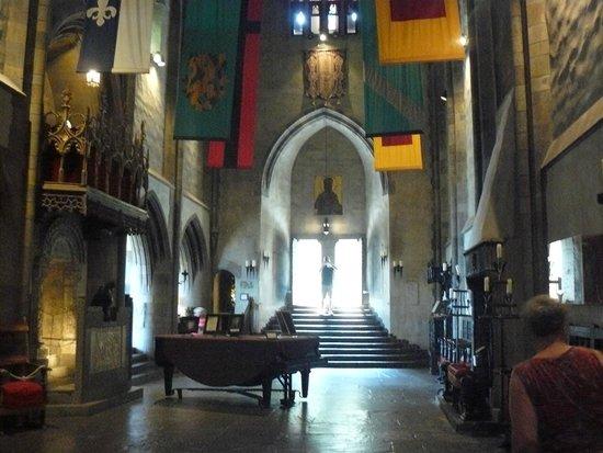 Hammond Castle: Inside the castle