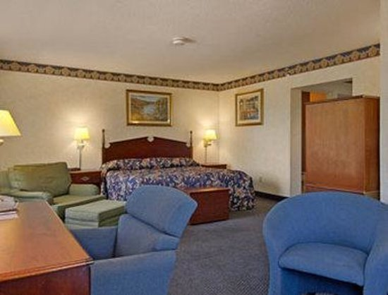 Baymont Inn & Suites Washington: Suite