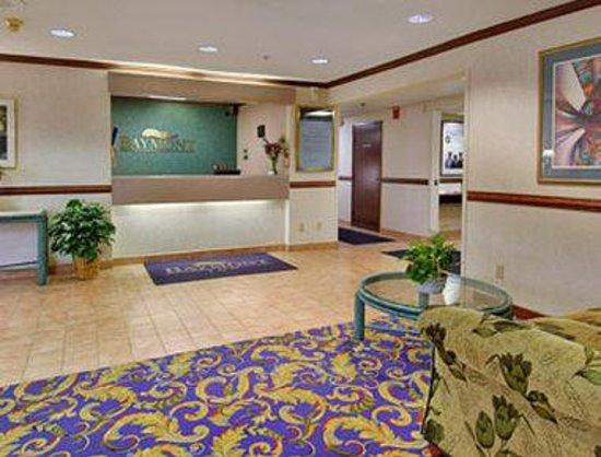 Baymont Inn & Suites Kalamazoo : Lobby