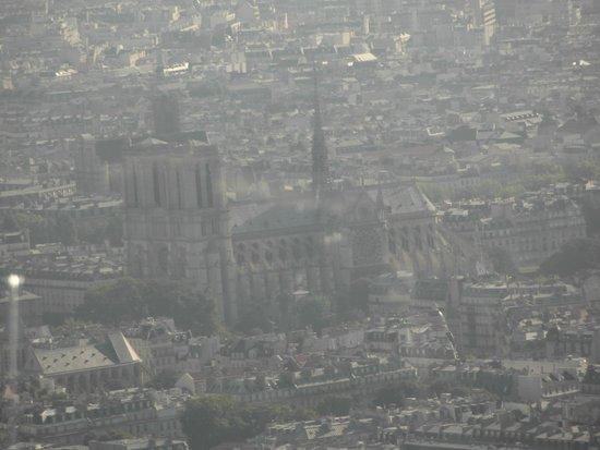 Observatoire Panoramique de la Tour Montparnasse: View of Notra Dame