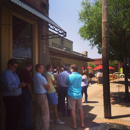 Pecan Lodge: From here the line took about 25 minutes to get food and find a table. The beef rib we split was
