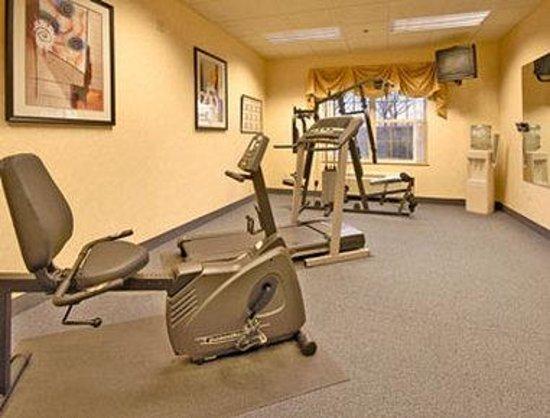 Baymont Inn & Suites Plymouth : Fitness Center