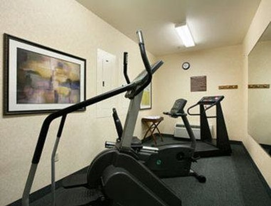 Baymont Inn & Suites Waterford/Burlington WI: Fitness Center