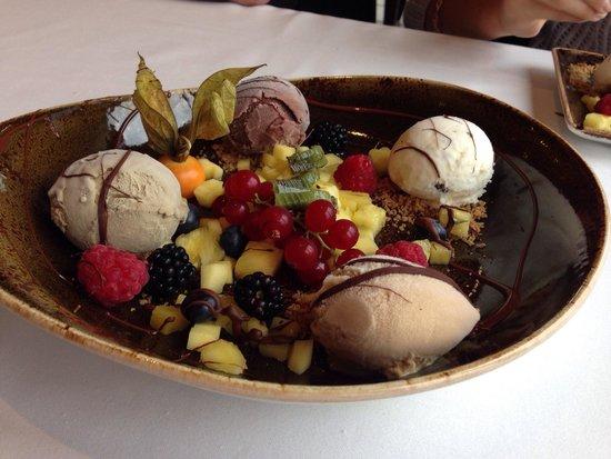 Rangá Restaurant: Ice cream dessert.