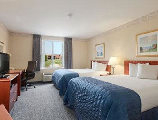Baymont Inn & Suites Ft. Leonard/Saint Robert: Standard Two Queen Beds