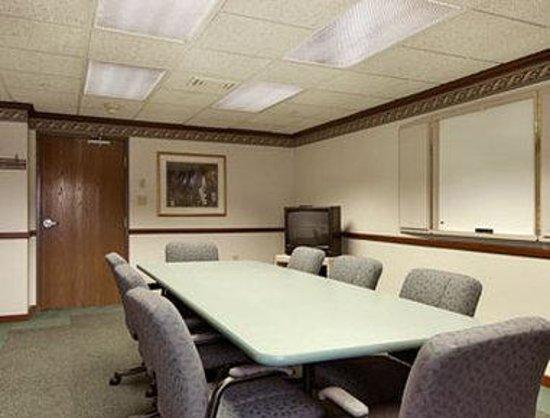 Baymont Inn & Suites Nashville/Brentwood: Boardroom