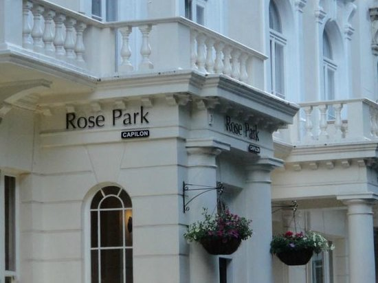 Rose Park Hotel: Parte da fachada do Hotel