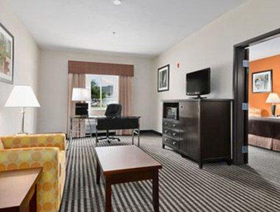 Baymont Inn & Suites Dallas/ Love Field: Suite Office