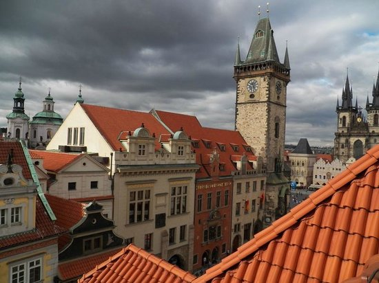 Private Prague Guide Day Tours : Prague rooftops