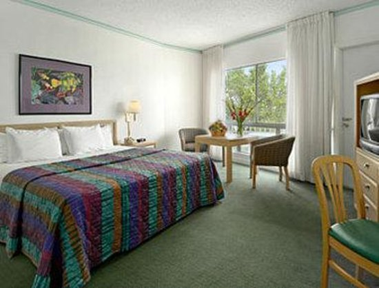 Thunderbird Beach Resort Hotel Miami: Standard King Bed Room