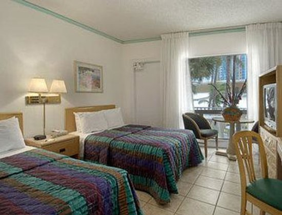 Thunderbird Beach Resort Hotel Miami: Standard Two Double Bed Room