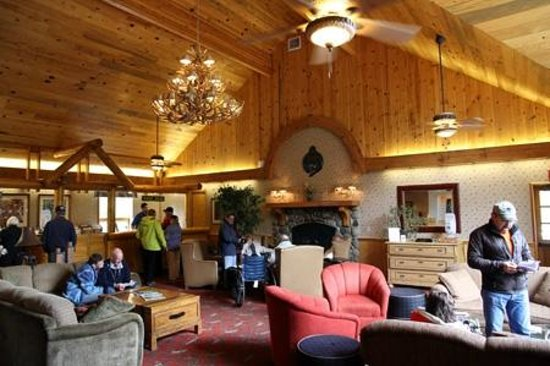 Kenai Princess Wilderness Lodge : Lobby