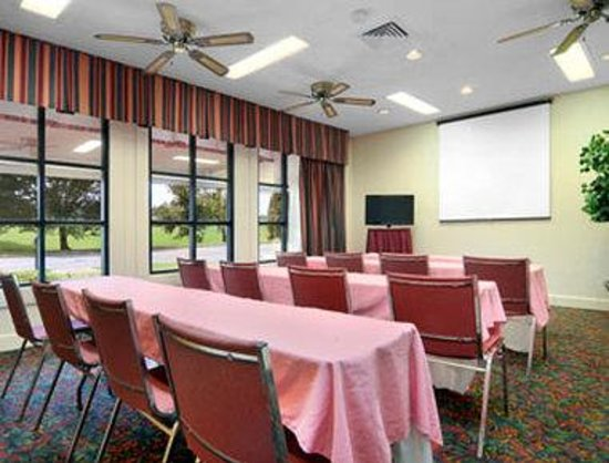 Days Inn Birmingham/Summit Mall: Meeting Room